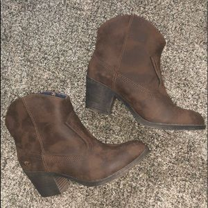 Rocket Dog Distressed Brown Boots